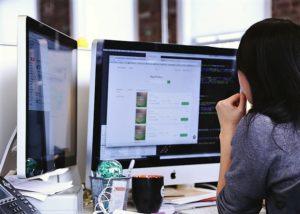 Porada 3: Obserwuj, co dzieje się poza Twoją firmą