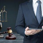 Jak wybrać profesjonalnego adwokata?