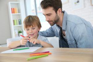 Jak wygląda ustalenie ojcostwa względem dziecka pozamałżeńskiego?