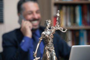Kancelaria prawna w Toruniu - na jakie usługi można się zdecydować?